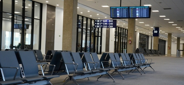 Traveling for the Holidays? Make Sure You Read These Tips!